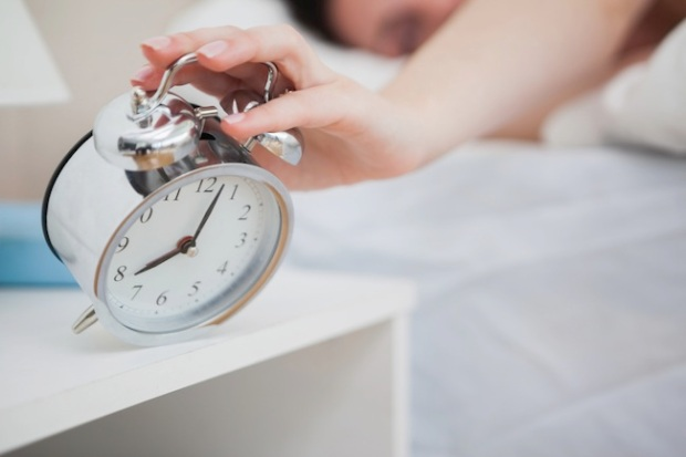 woman-alarm-clock